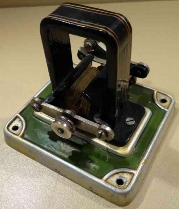 bing 12/310/3 schwachstrom dynamo metallsockel