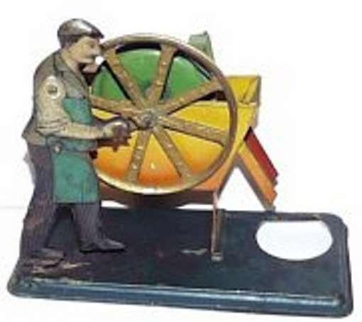 Bing 10/243 Antriebsmodell Mann an Schöpfrad