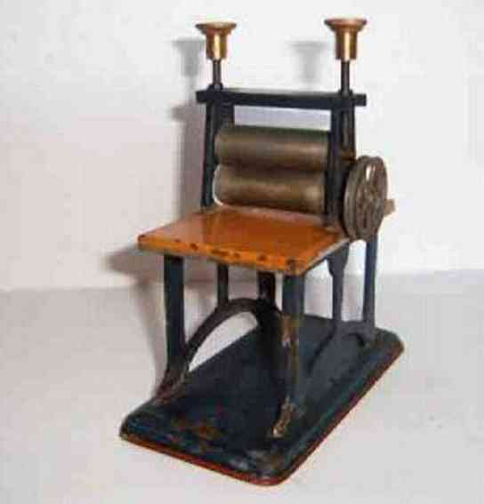 doll 754 steam toy drive model laundry mangle rolling mill cord roller