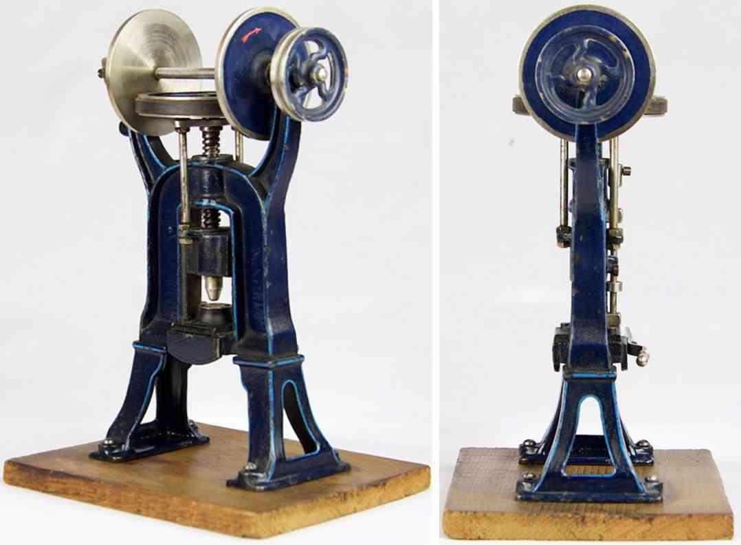 maerklin 4288 dampfspielzeug antriebsmodell schwungradpresse  aus guss mit leder umwickelt