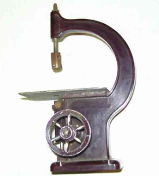 Oesterwitz Antriebsmodell Bügelsäge aus Bakelit