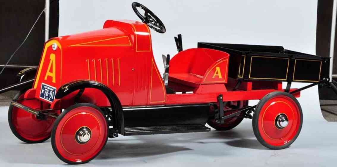 american national co tin toy pedal car 5-ton dump truck