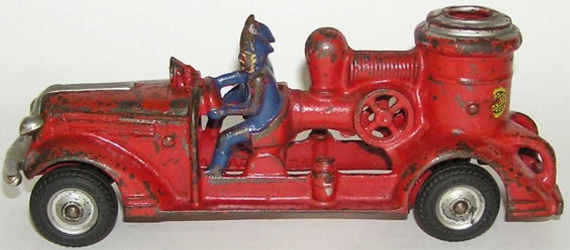 arcade 1740 spielzeug gusseisen 2-mann feuerwehrwagen
