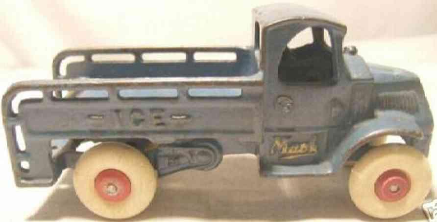 Arcade 198 Spielzeug Eislastwagen