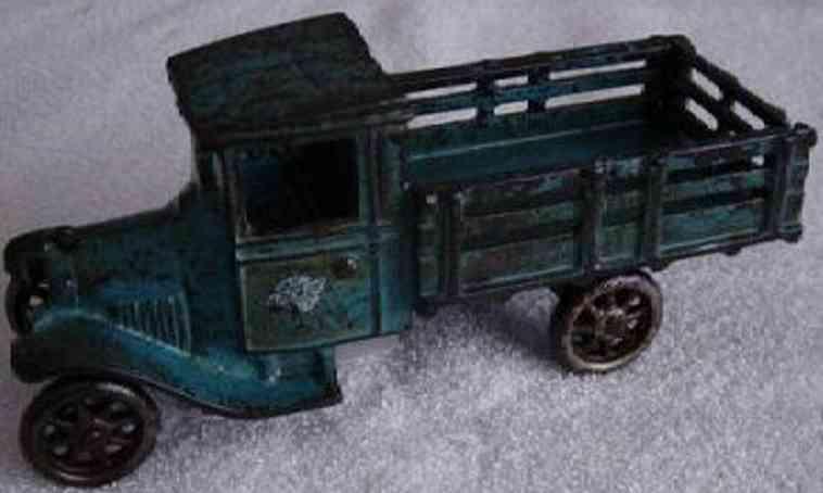 Arcade 203 Spielzeug Lastwagen aus Gusseisen in blau