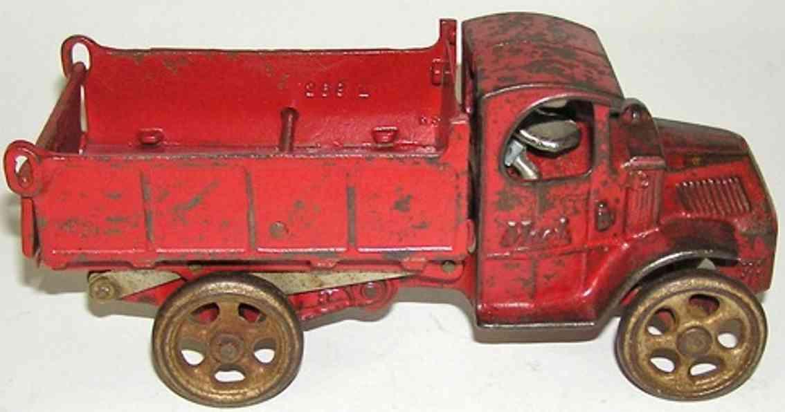 arcade 259X gusseisen mack kipplastwagen rot