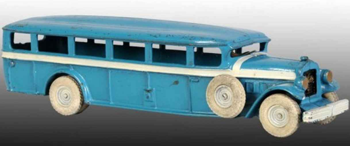 Arcade 6 cast iron White Mack Bus