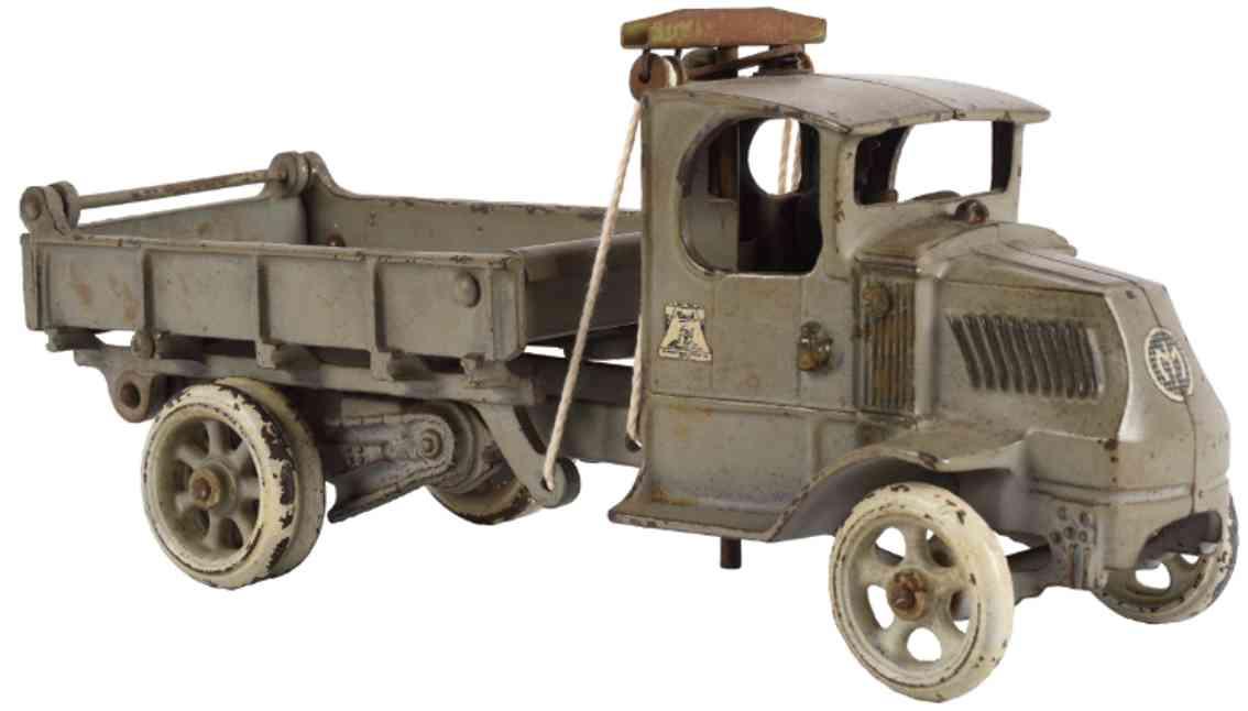 arcade spielzeug gusseisen mack kipplastwagen grau
