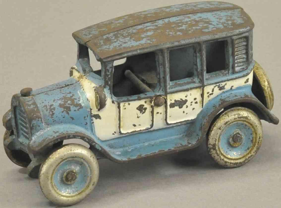 arcade spielzeug gusseisen auto taxi in blau und weiss