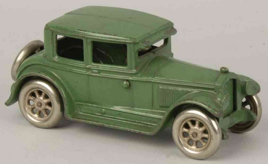 arcade cast iron toy car buick coupe green