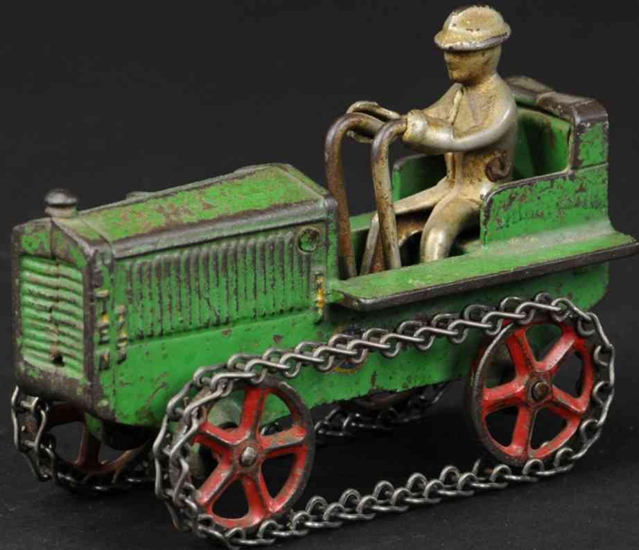 arcade cast iron toy caterpillar tractor green
