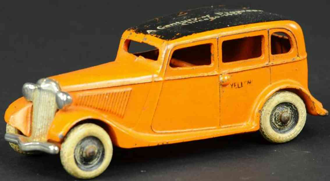 arcade  cast iron toy car ford chicago cab a century of progress