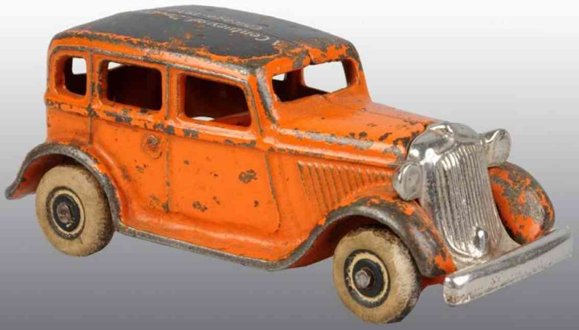 arcade Century Progress 4 cast iron toy car cast iron century of progress coupe with white rubber tires