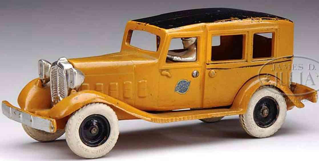 Arcade Oldtimer Checker cab