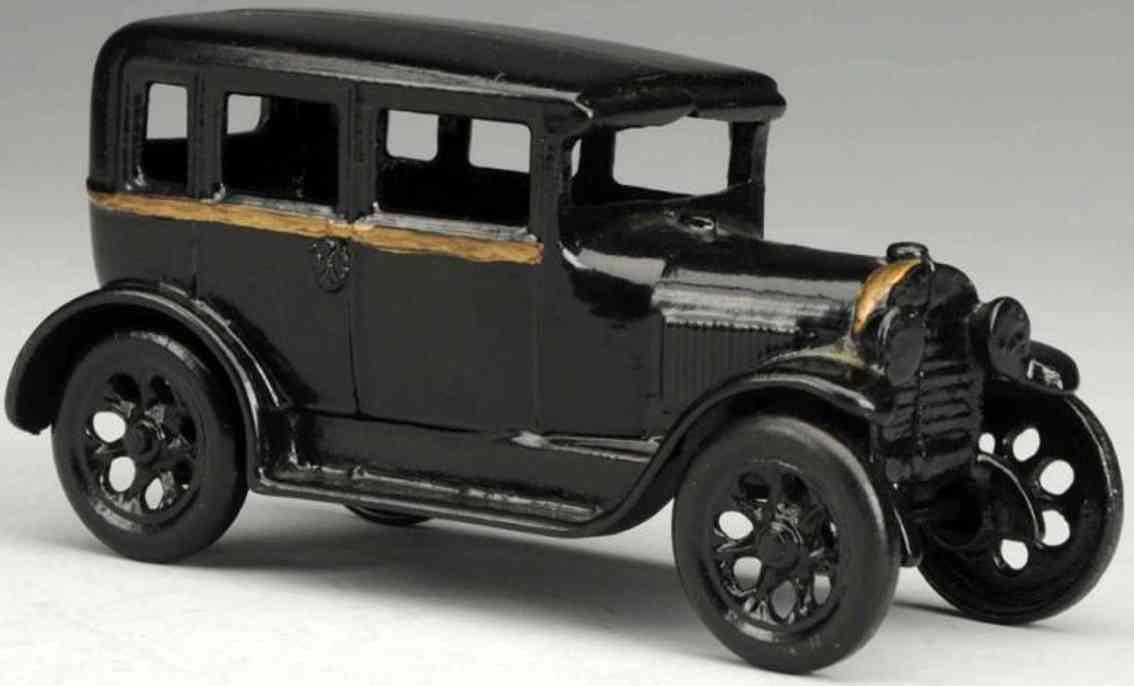 arcade cast iron toy car chevy sedan