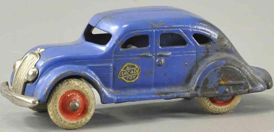 arcade spielzeug gusseisen auto windschnittiger chrysler blau