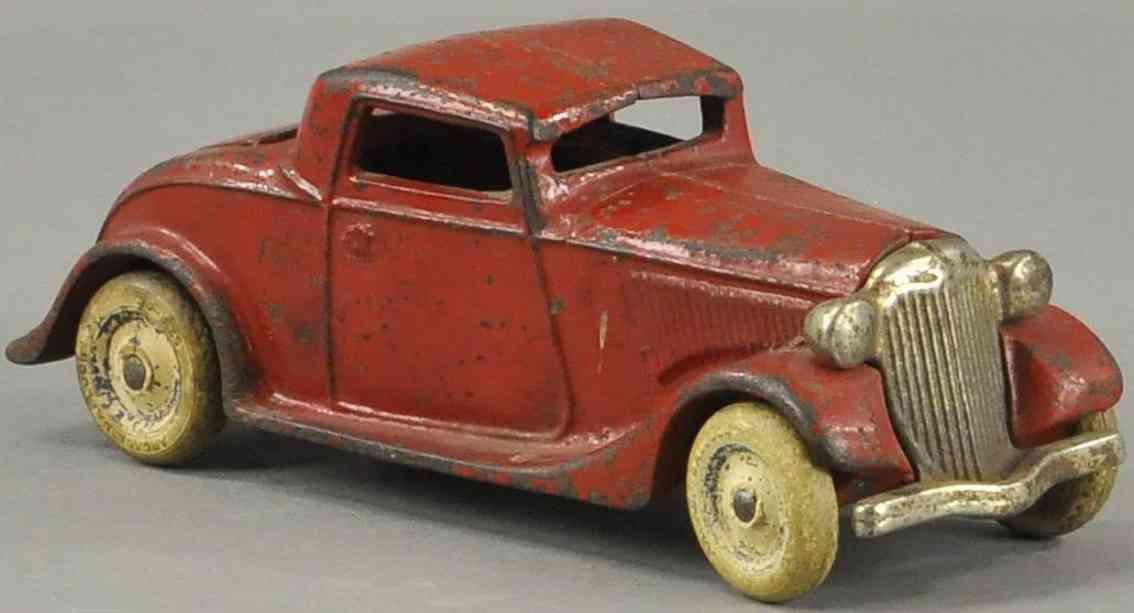 arcade spielzeug gusseisen auto coupe mit notsitz rot