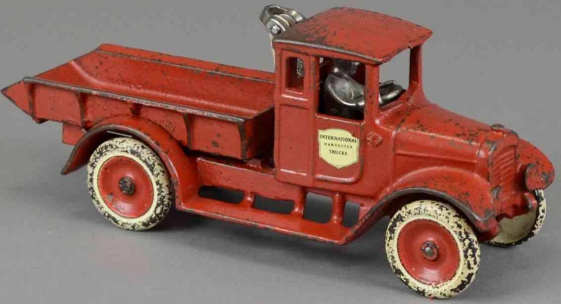 arcade spielzeug gusseisen ih kipplastwagen rot golds dairy farm