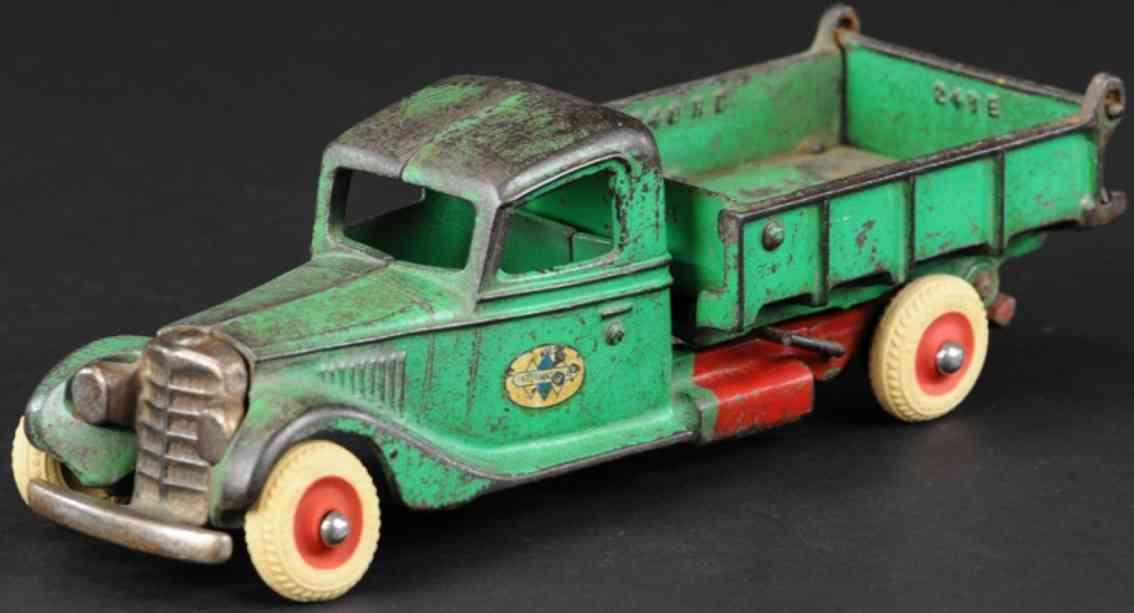 arcade cast iron toy international dump truck green