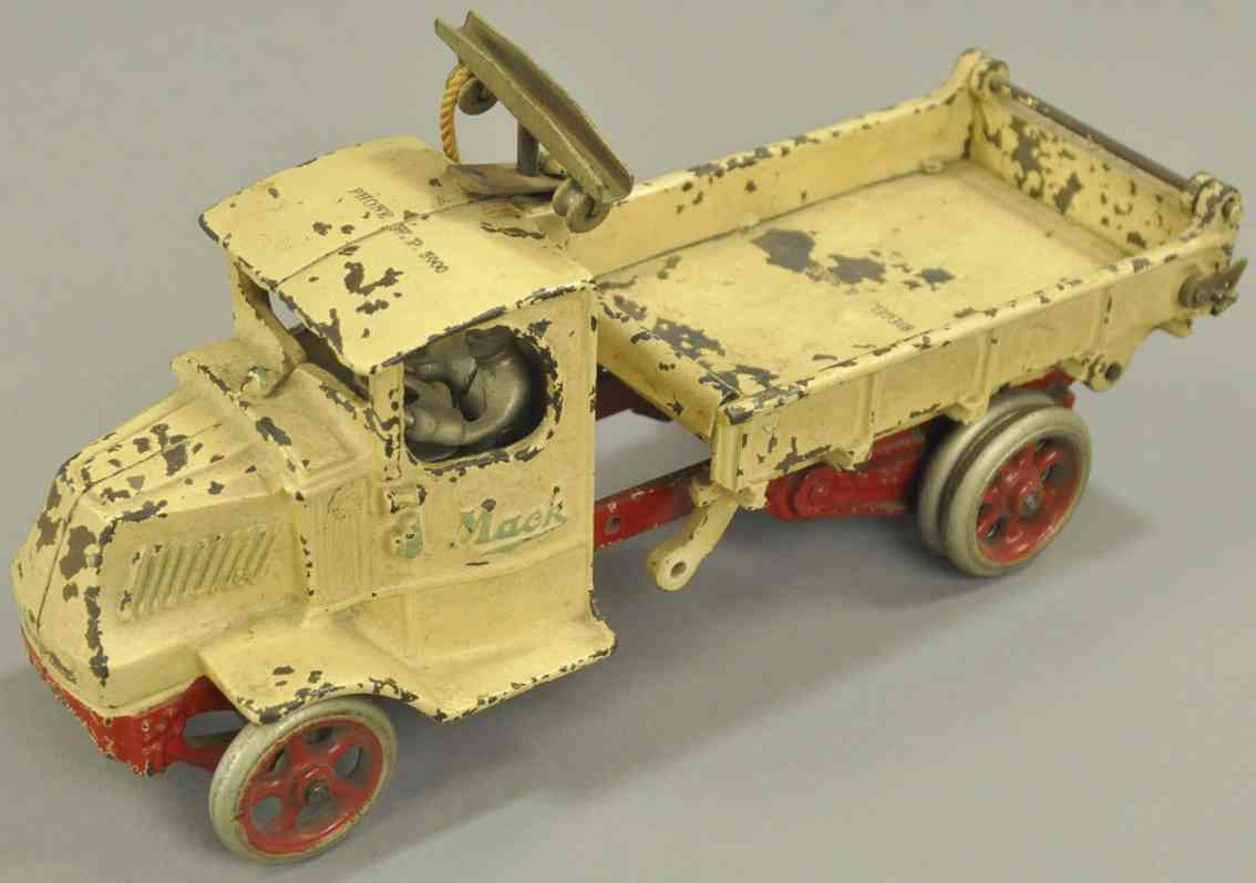 arcade spielzeug gusseisen mack t-bar muldenkipper riegel & sons weiss