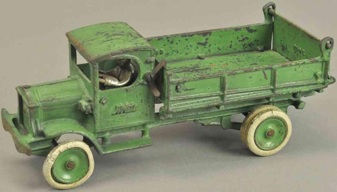 arcade spielzeug gusseisen white kipplastwagen gruen