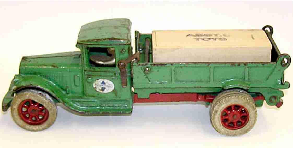 arcade 236-0 gusseisen kipplastwagen gruen