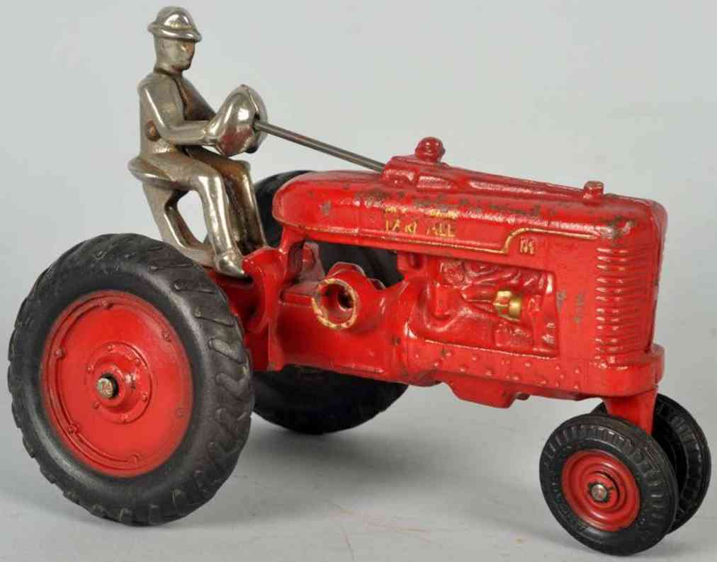 arcade spielzeug gusseisen farmall traktor rot