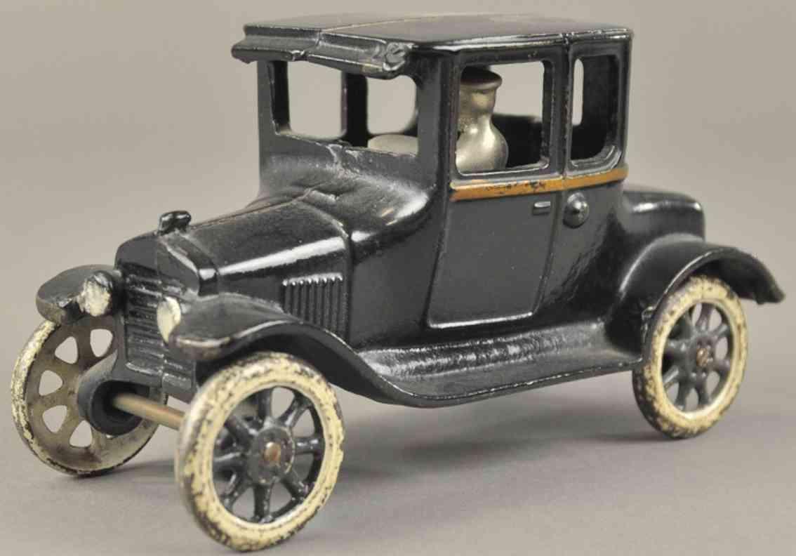 arcade spielzeug gusseisen auto ford coupe modell t schwarz fahrer