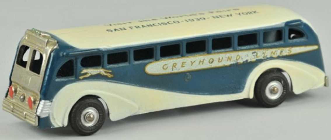 Arcade Greyhound aus Gusseisen