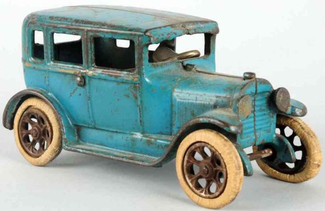 arcade spielzeug gusseisen auto ford modell a fordor blau
