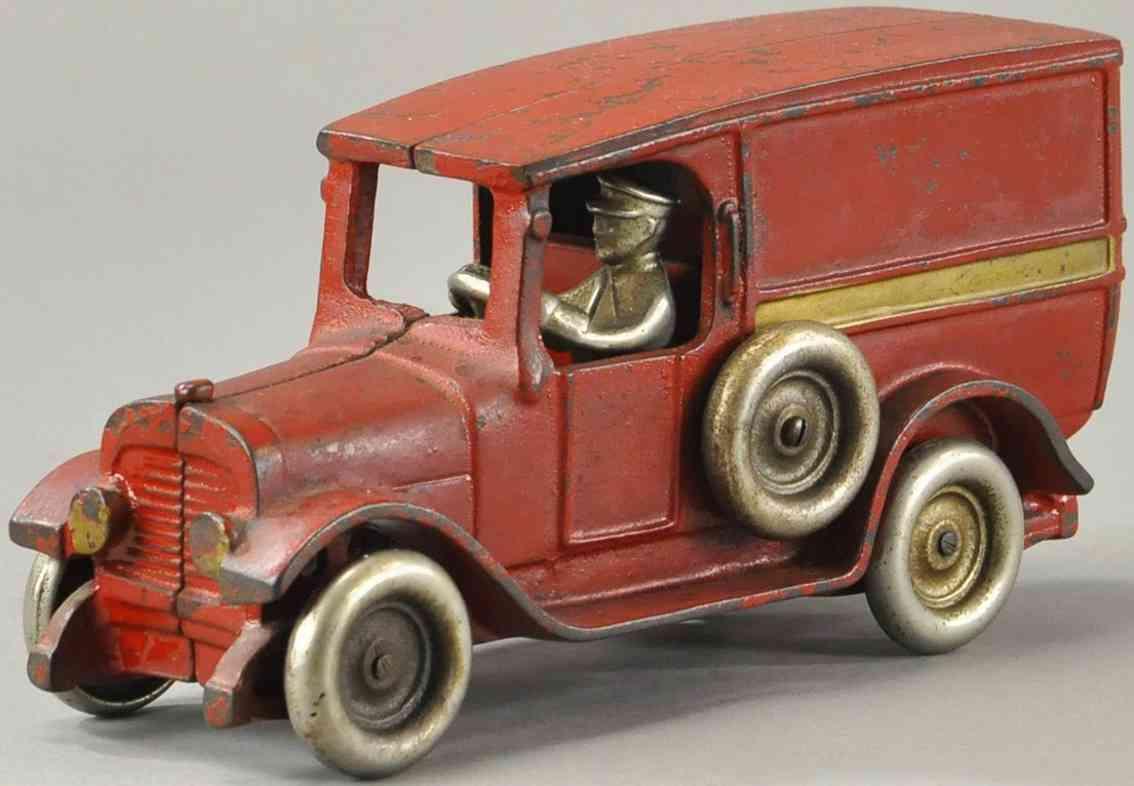 arcade spielzeug gusseisen kastenwagen rot fahrer