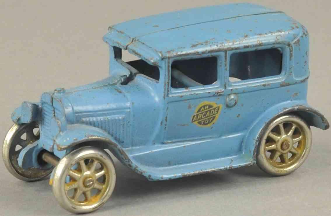 arcade spielzeug gusseisen auto  blau