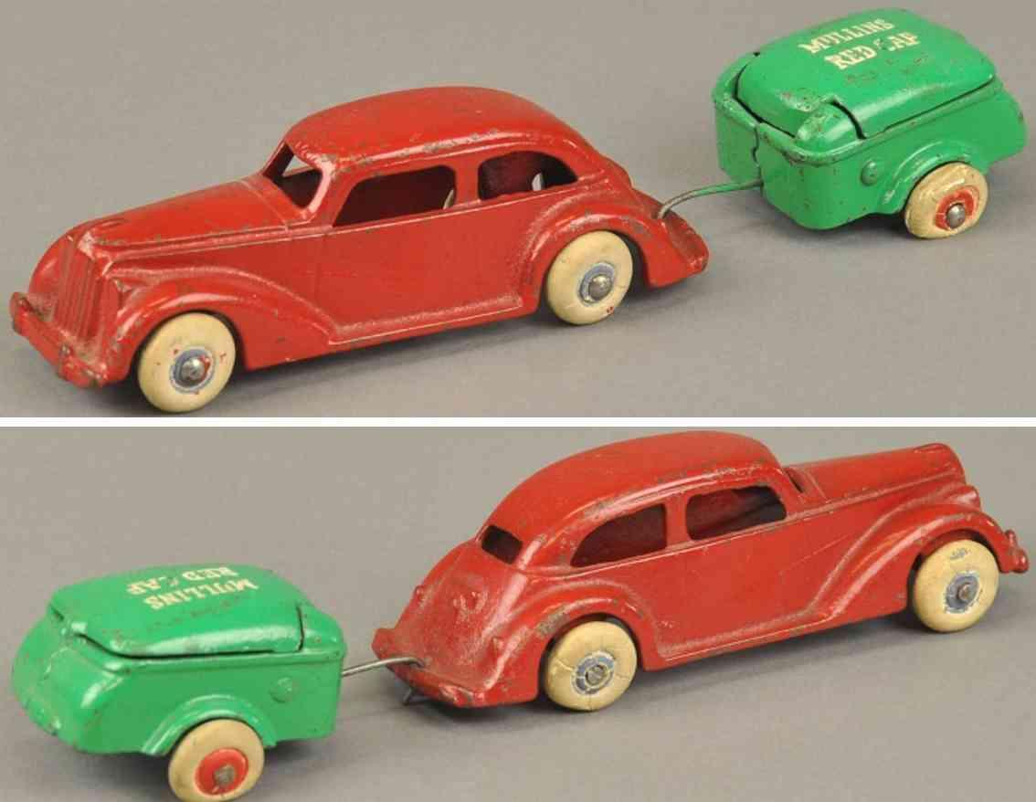 arcade spielzeug gusseisen auto mit anhaenger rot gruen