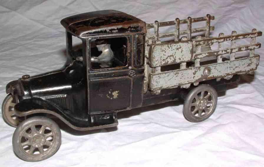 arcade gusseisen ford lastwagen schwarz fahrer