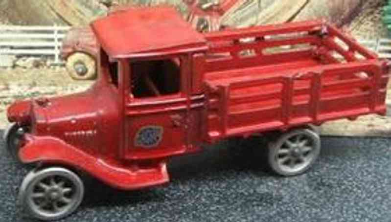 Arcade 208 Ford Spilezeug Lastwagen aus Gusseisen in rot