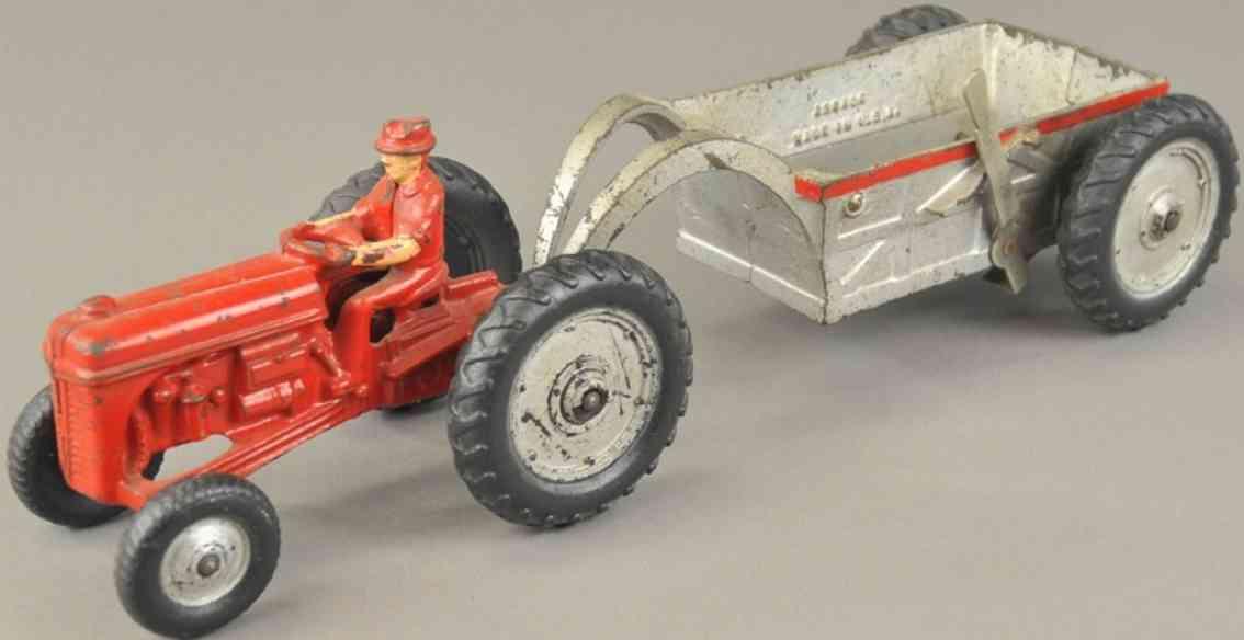 arcade spielzeug gusseisen traktor anhaenger zum kippen  rot silber