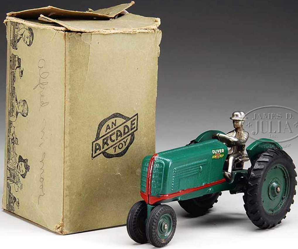 arcade 356 spielzeug gusseisen oliver traktor gruen