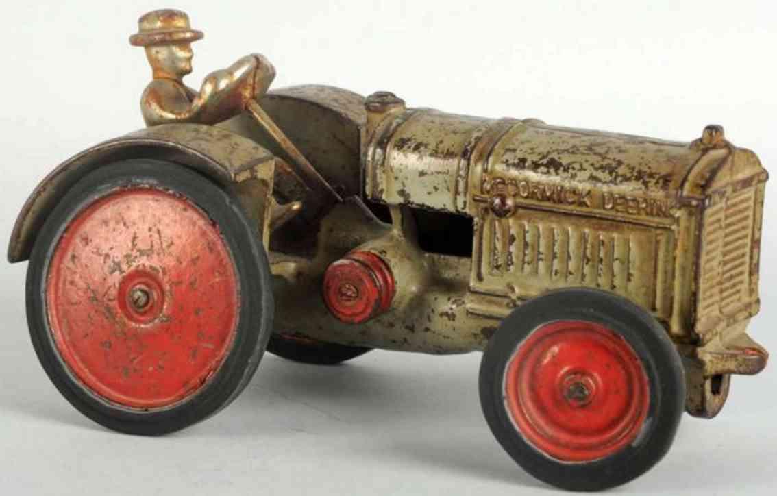 arcade spielzeug gusseisen traktor mccormick-deering
