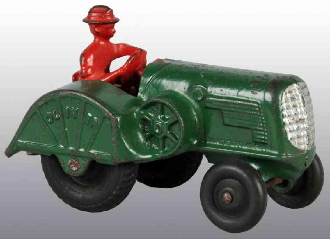 arcade spielzeug gusseisen traktor gruen