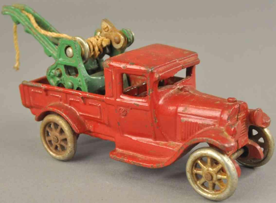 arcade spielzeug gusseisen ford abschleppwagen rot kran gruen