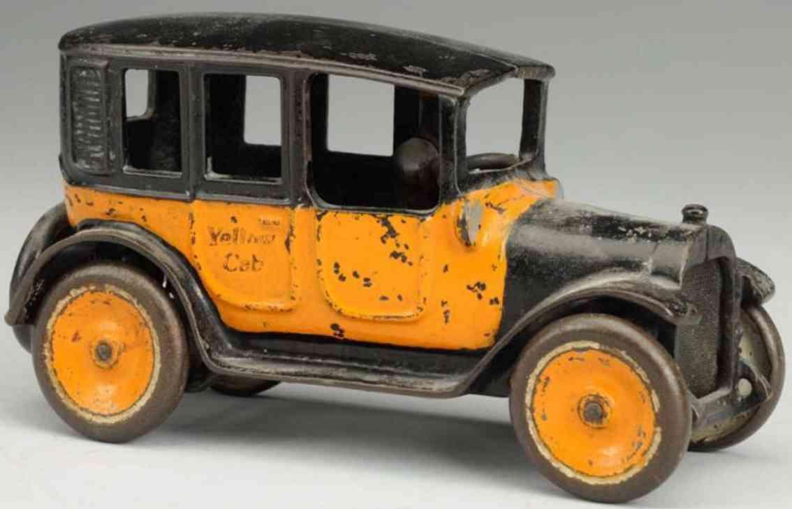 arcade spielzeug gusseisen auto taxi