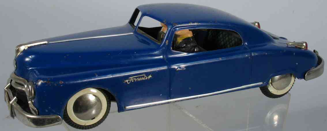 arnold 62845 tin toy car tin format hard top coupe with two passengers windup