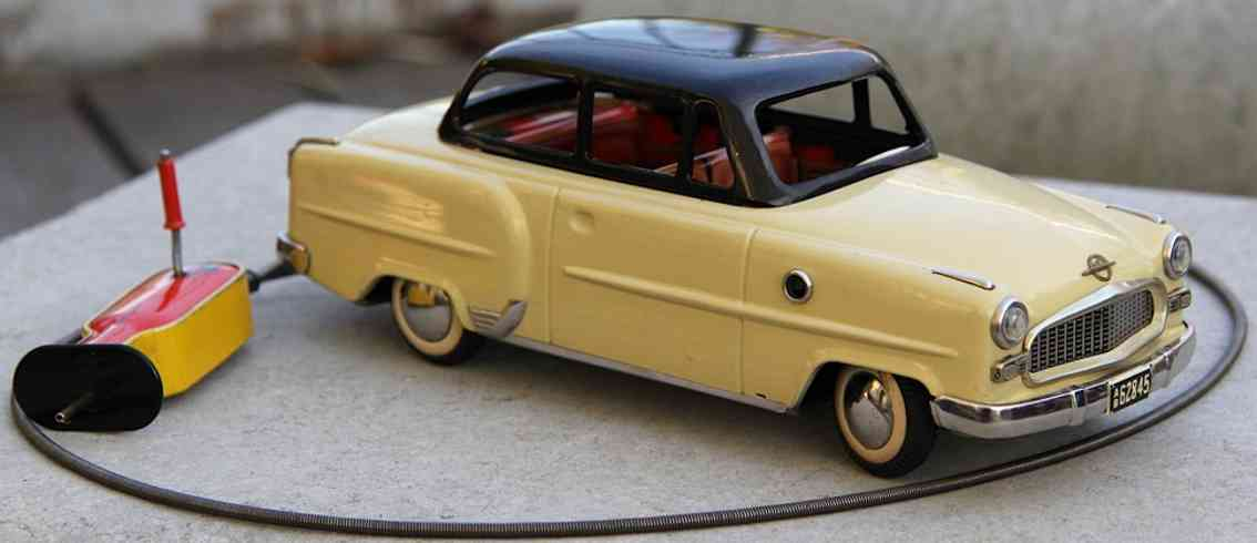 arnold ab62845 blech spielzeug auto opel olympia record kabelfernlenkung