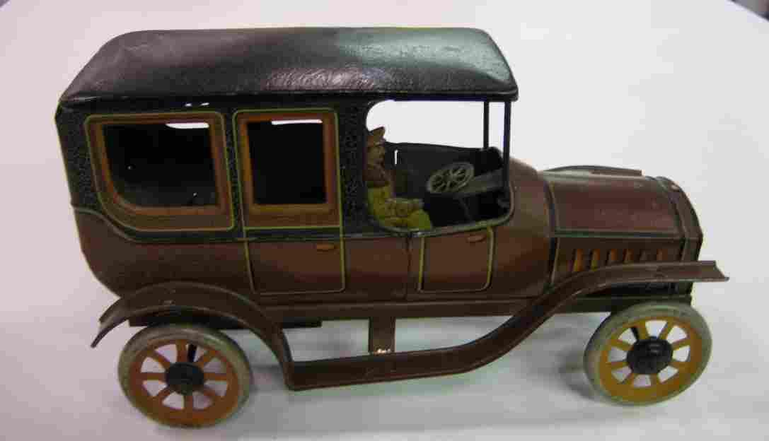 bing 10660/1 1/2 blech spielzeug auto limousine mit uhrwerk braun