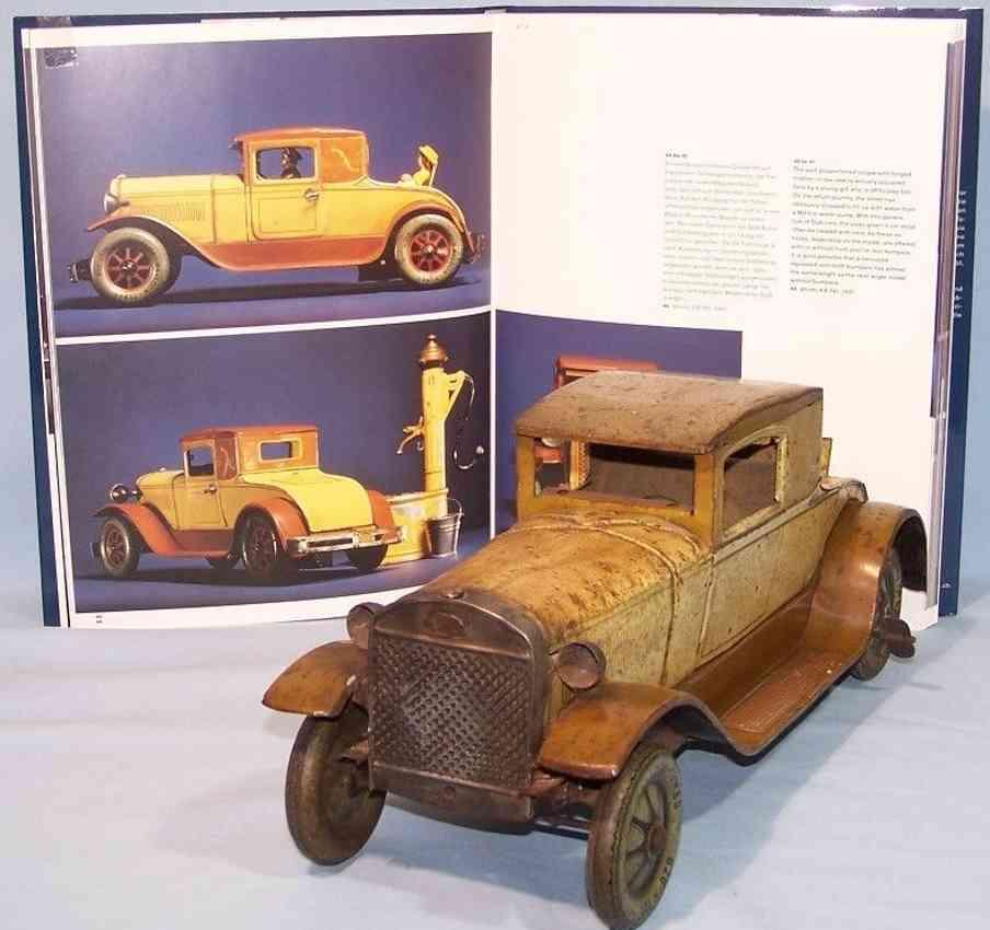 karl bub 781 tin toy car mother-in-law car oldtimer brown clockwork