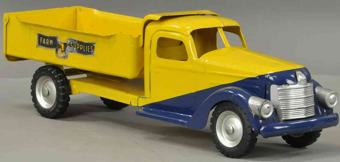 buddy l farm supplies tin toy dump truck in yellow and blue