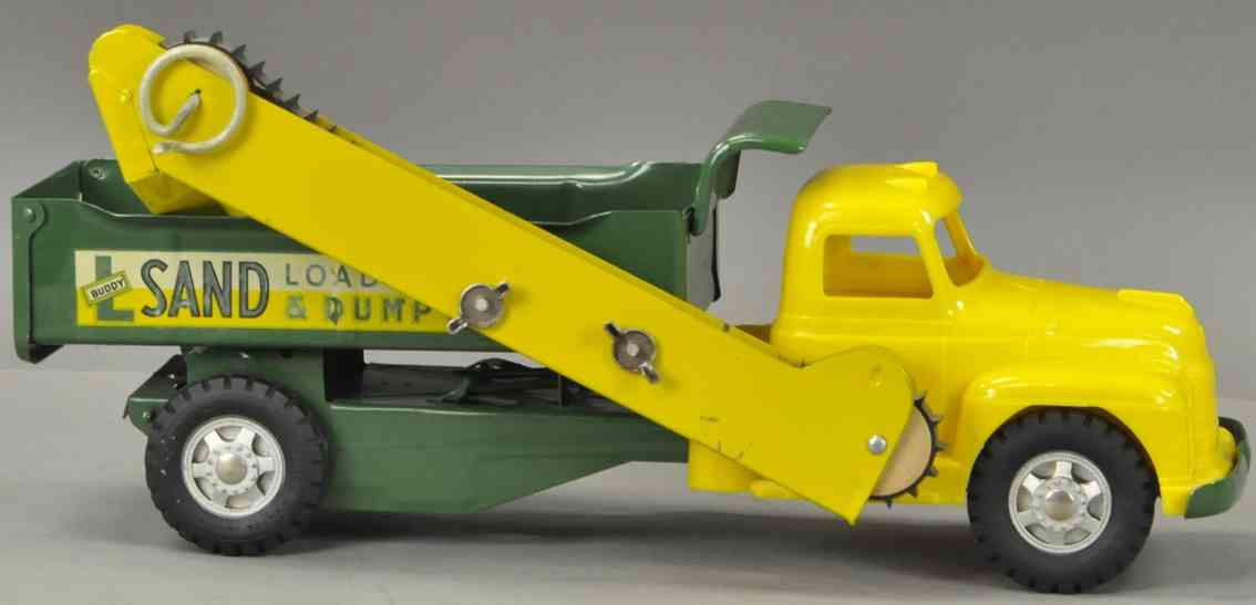 buddy l tin toy sand laoader and dump truck in yellow and green