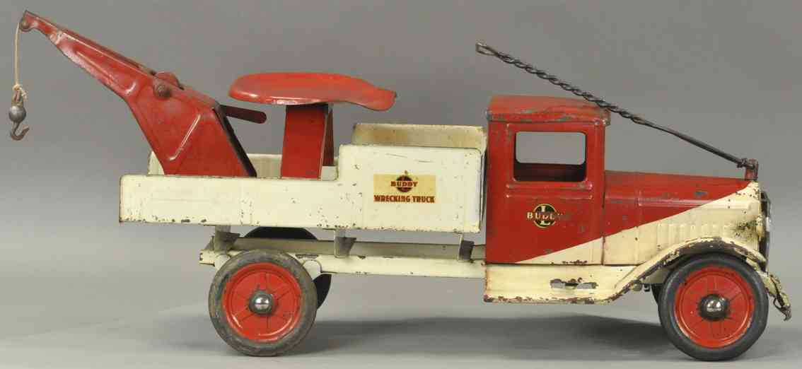 buddy l pressed steel toy truck international sit n ride wrecker red white