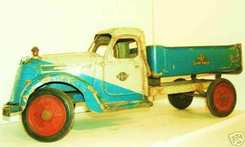 buddy l tin toy international hydraulic dump truck
