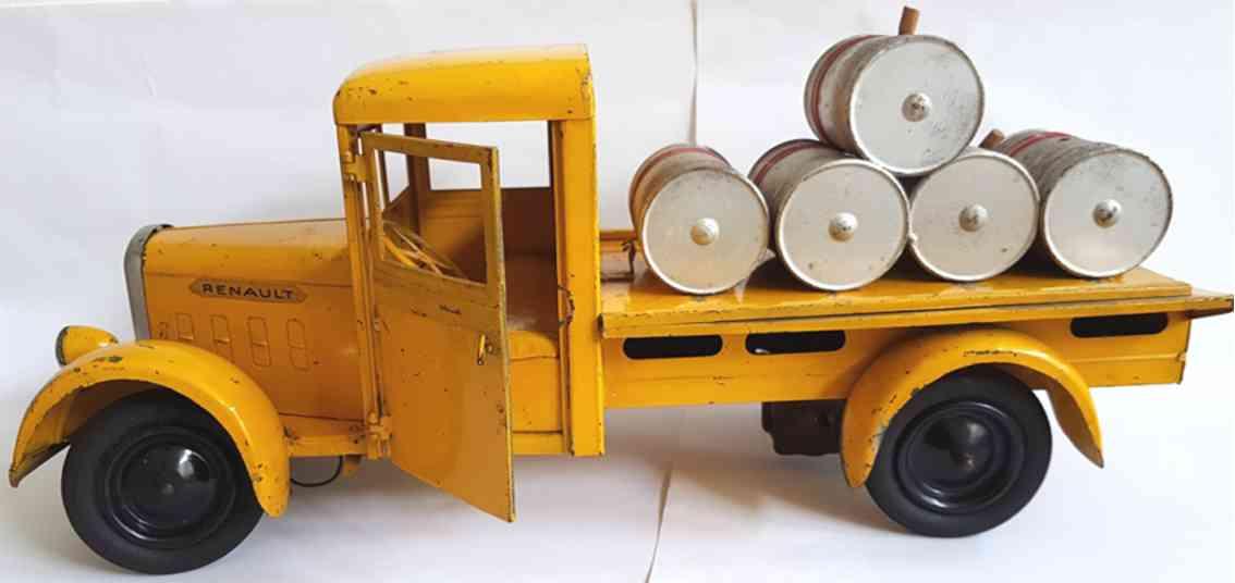 cij blech spielzeug renault carburants lastwagen mit faessern